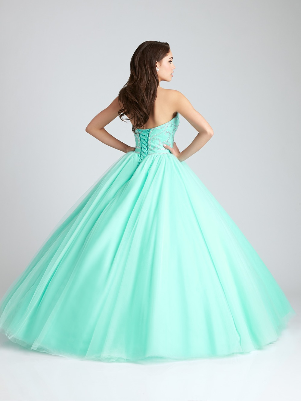 8fae328d2 Trajes De Quinceaneras 2017 Strapless Beaded Tulle Vestidos De 15 Anos  Longo Ball Gown Puffy Mint Green Quinceanera Dresses-in Quinceanera Dresses  from ...