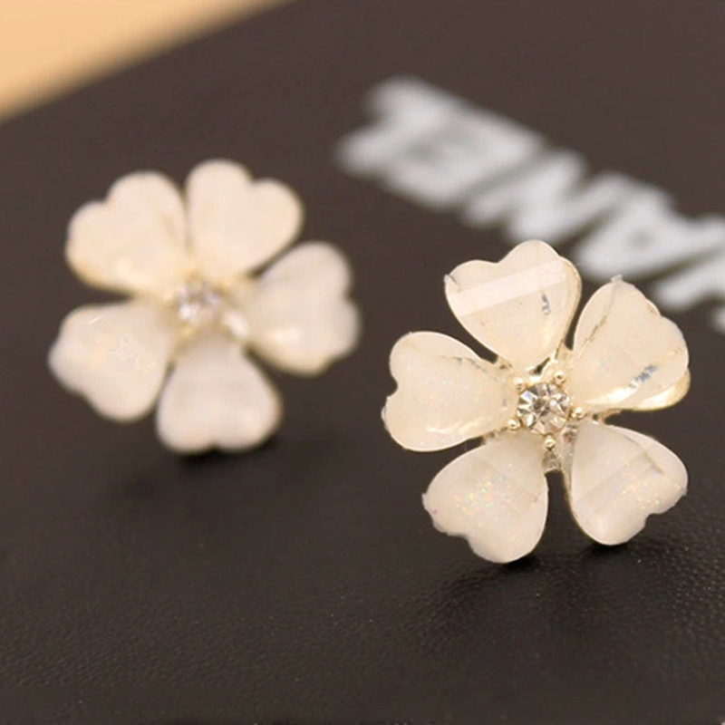 5 leaves clover center crystal pistil pink black white flower stud 5 leaves clover center crystal pistil pink black white flower stud earrings for women fashion jewelry in stud earrings from jewelry accessories on mightylinksfo