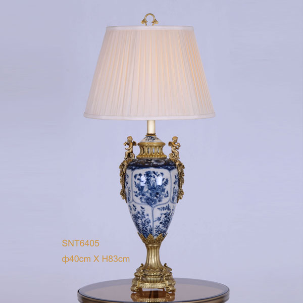 Two Lovely Angels Decoration Golden Copper Blue And White Porcelain Table  Lamp, Vintage Beauty Design
