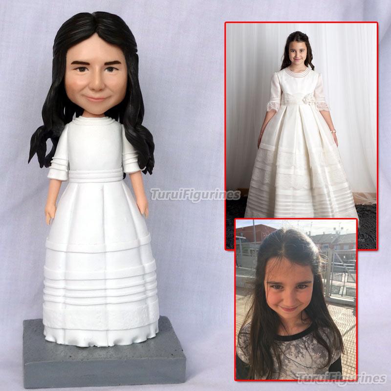Fille porter robe de mariée personnalisé mariée bobblehead figurine mr & mrs gâteau topper vous aime plus à la main argile mini statue figura