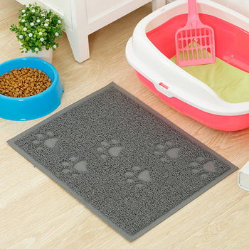 Portable Cat Litter Mat Made of Safe PVC Material For Easy Cleaning