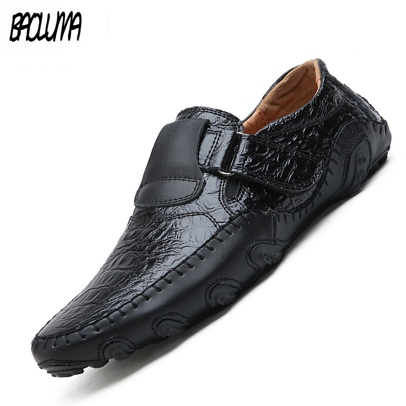 Leather Men Casual Shoes Luxury Brand Mens Loafers Moccasins Breathable Slip On Black Brown Driving Shoes Men Shoes Soft Bottom