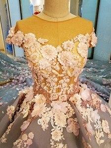 Image 5 - Свадебное платье из тюля дымчато серого цвета с кружевными цветами и шлейфом, иллюзионный лиф, кружевные аппликации с открытыми плечами 2017