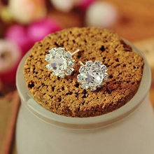 New Fashion Accessories White Crystal Rhinestone Flower 1 Pair Ear Studs Fine Jewelry Free shipping(China)