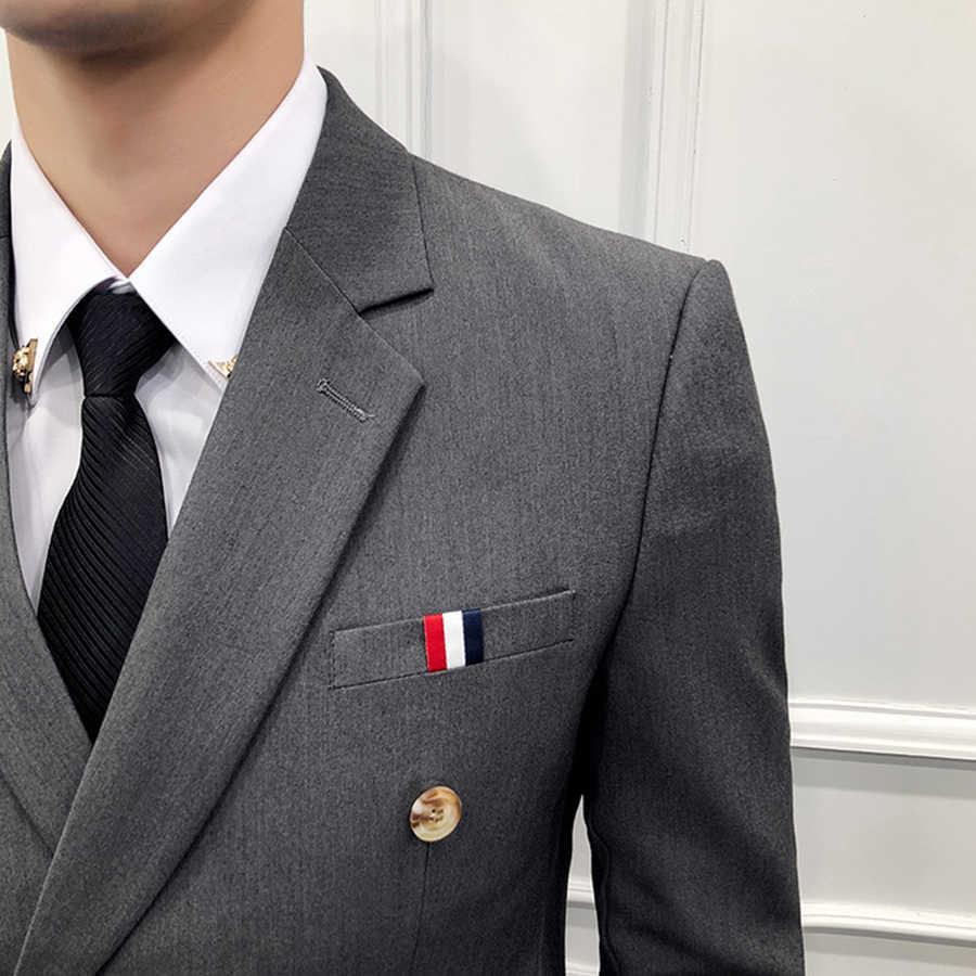 男性の高級 3 個スーツダブルブレストスーツブレザースリムフィットベストパンツバイオレット白スカイブルーブラックグレーレッドカーキ服 A53