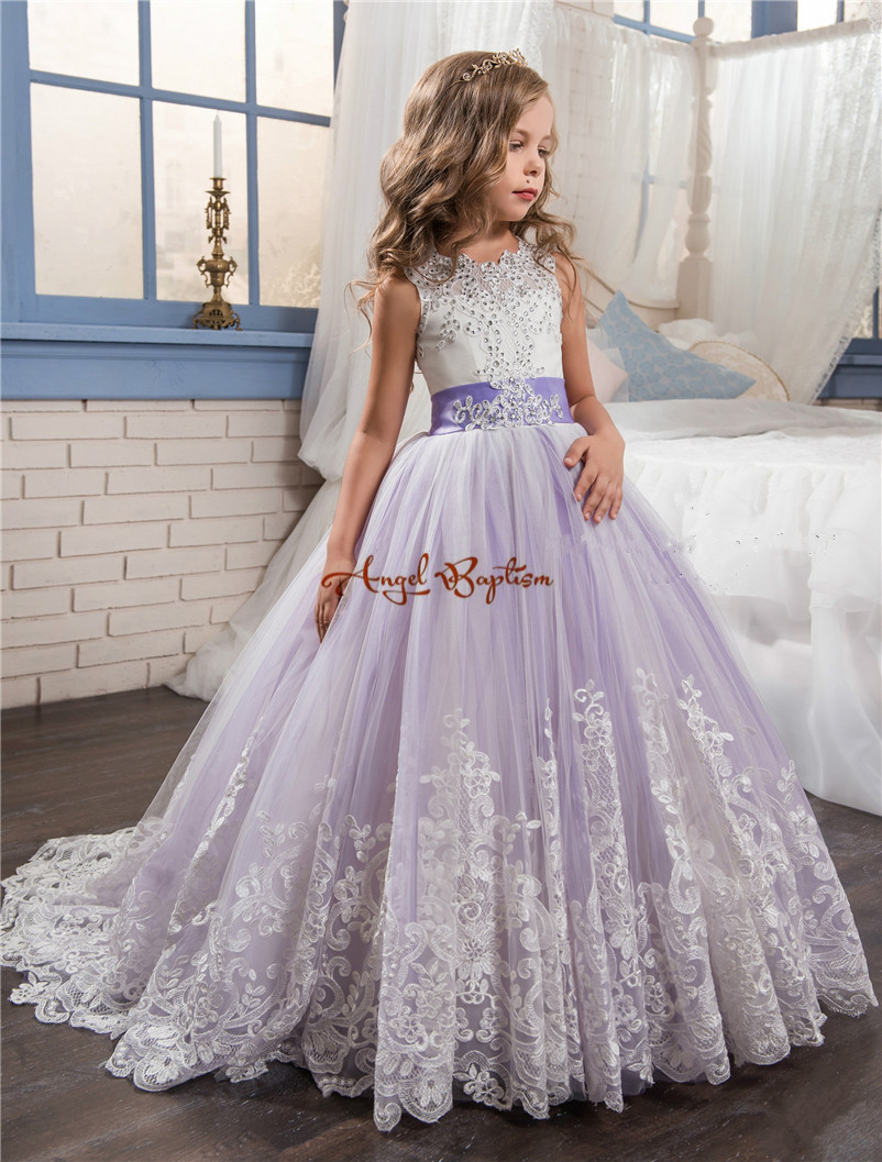 2017 Pretty purple and white lace flower girls dresses beaded appliqued backless bows pageant gowns for kids wedding party цена и фото
