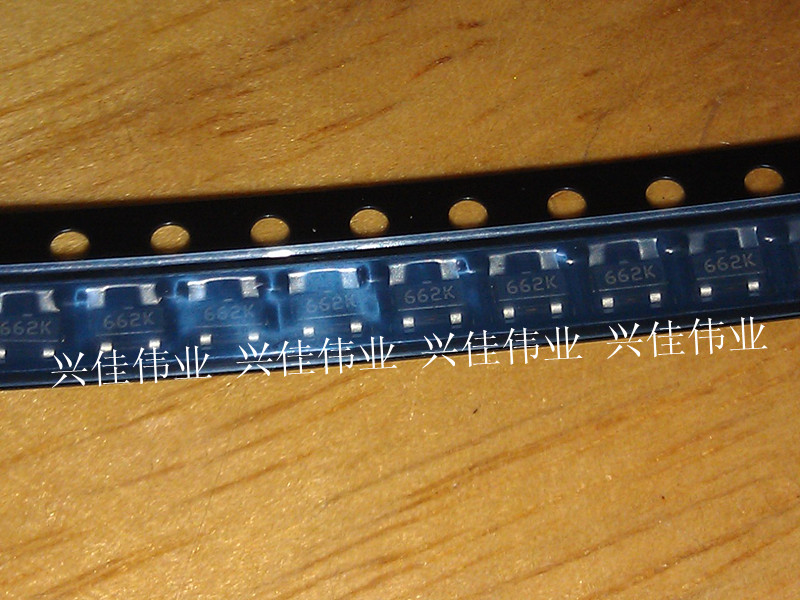 500PCS/LOT New XC6206P332MR SOT-23 Screen Printing: <font><b>662K</b></font> 3.3V <font><b>Regulator</b></font> Chip image