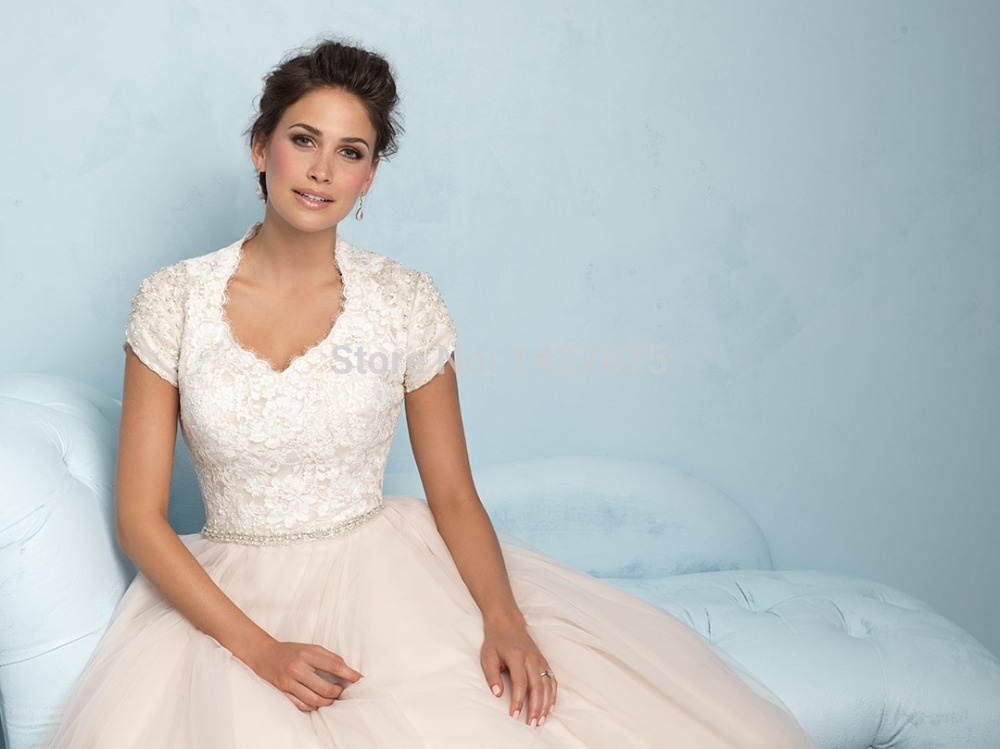 A Line Wedding Gown With Sleeves: 22014 New White Lvory A Line Scalloped Neckline Tulle