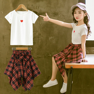 Image 1 - ファッション十代の服の服2019夏ソフト綿tシャツ格子縞のスカートショーツ子供服スーツ2個子供セット