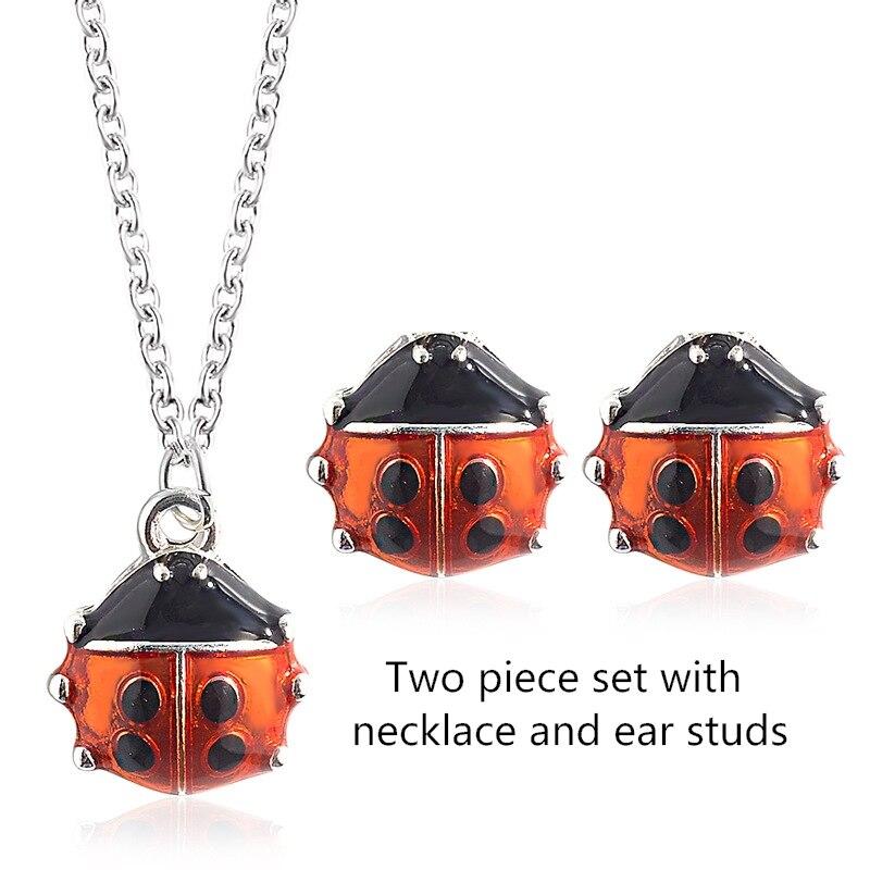 Fashion set of ornaments woman Creative star ladybug two-piece  necklace cute cartoon jewelry hot sale