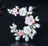New Hotsale White Gold Plated AAA Cubic Zircon Micro Paved Natural Pearl Shell Brooches Pin Luxury