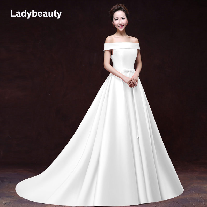 2018 White Stain Wedding Dresses 2018 Simple Bow Floor Lenth Court Train Boat Neck Lace up