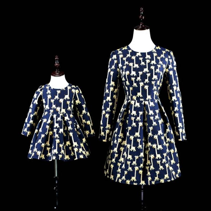 Europe and the United States 2018 autumn The new Parent-child outfit Fawn print jacquard mother-daughter dress the good mother