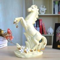Creative Ceramic Horse Statue Home Decor Porcelain Crafts Room Decoration Ornament Porcelain Animal Figurines R565