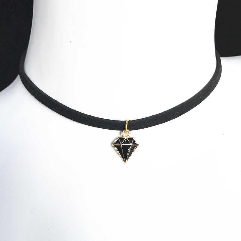 Fashion Torsi Perhiasan Mahkota Lima Bintang Tersenyum Kalung Murni Hitam Beludru dengan Bulan Segitiga Geometris Kalung Liontin Kristal
