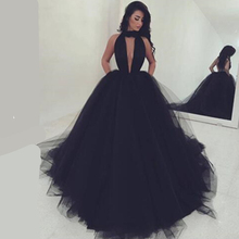Black Lace Wedding Dress Pleat Tulle  Robe Chic Bridal Gown 2017 Sexy Halter Backless Vestido de Festa Longo Evening Prom Gowns