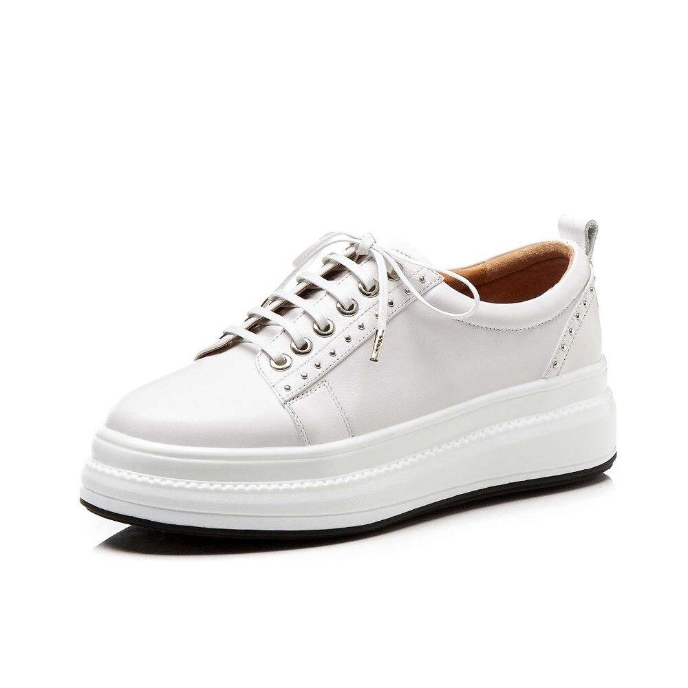Med Chaussures Bout Sneakers L18 Décoration Pleine Rivets Concise Vulcanisées blanc Cuir Fond En De Fleur Épais forme À Noir Lacets Mocassins Plate Rond ZvvURnWIO