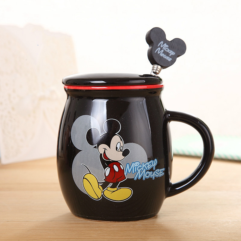 New arrival hot sale cute Lovely Mickey Mug With Cover and 1 spoon Ceramic <font><b>Cup</b></font> Cartoon Lovers <font><b>Minnie</b></font> Coffee milk tea <font><b>Cup</b></font>