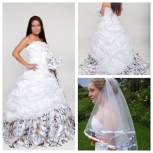 507369e3276 2019 Sweetheart White Camo Wedding Dresses Lace Appliques Beading Bridal  Gowns Lace Up Back Custom Camouflage Organza With Veil