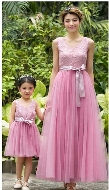 a2ee30c092 Lace Voile Bowknot Ribbons Women Long Maxi Dresses Matching Mother Daughter  Flower Girl Dress For Party Evening Wedding