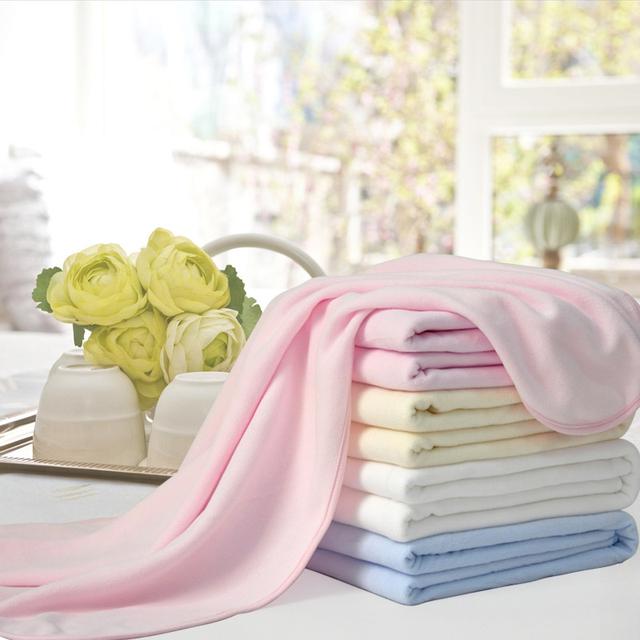 Sofá manta de aire acondicionado mantas swaddle bebé cochecito de la cubierta suave al por mayor lindo rodilla mantas de tela polar