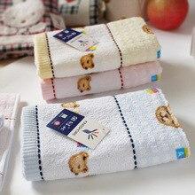 100% чистый хлопок детское маленькое полотенце мультяшный медведь полотенце носовой платок Мягкий хорошее впитывание воды портативный для путешествий