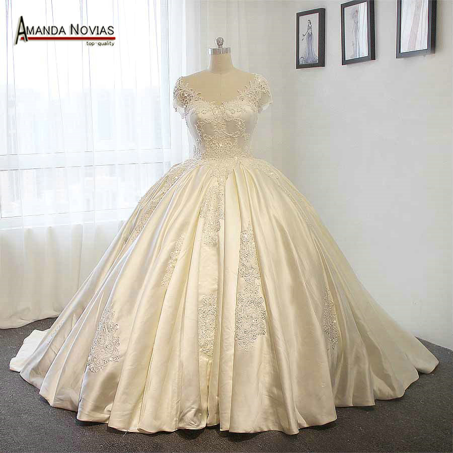 Stunning satin wedding dress big ball gown wedding dresses for A big wedding dress