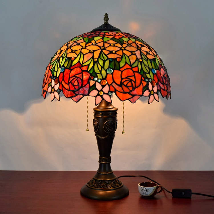 16 Inch Rose Flowers Tiffany Table Lamp Country Style
