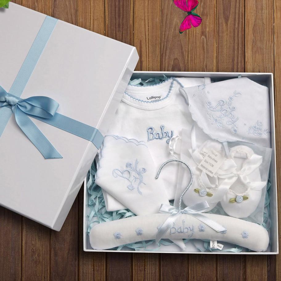 525deeea9942 5 Pieces NewBorn Baby Gift Set