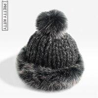 2016 nouvelle Année bonne qualité beanie tricoté chapeau Modélisé de pompons de fourrure hiver Femmes style de mode femelle chapeau chaud