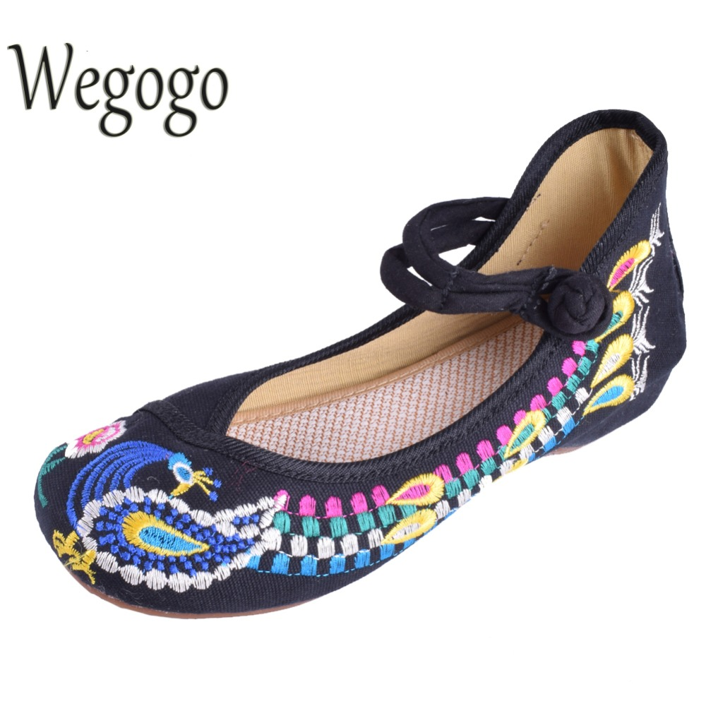 Wegogo Peacock Style Women Shoes Flats Chinese Traditional Old Peking Flat Heel Embroideried Shoes Comfortable Shoes Moccasins vintage embroidery women flats chinese floral canvas embroidered shoes national old beijing cloth single dance soft flats