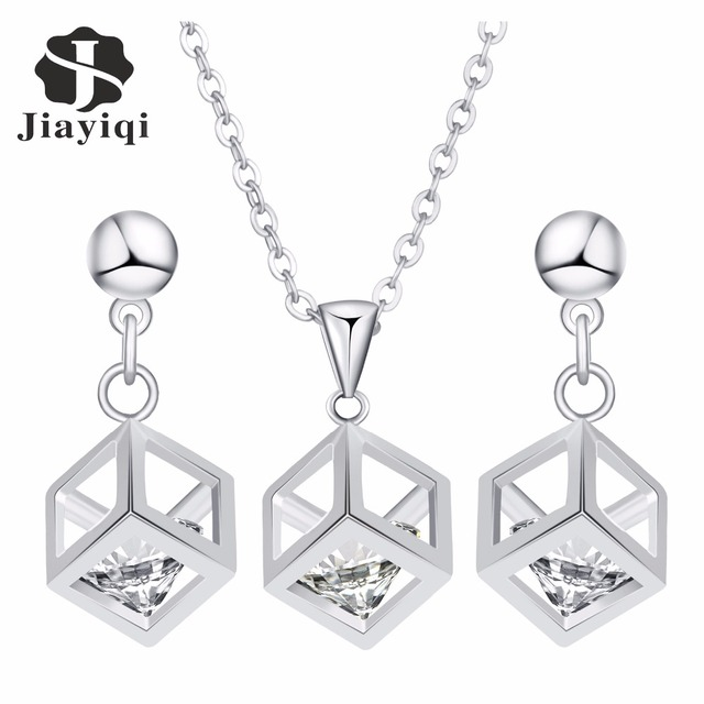 Women's Fashion Choker Cubic Zircon Pendant Necklace and Earrings Set