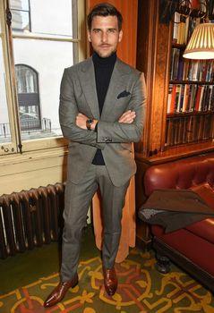 Tailored Smoking Grey Suit Men Slim Fit 2 Piece Tuxedo Custom Jacket Groom Blazer Prom Wedding Suits Terno Masculino Jacket+Pant