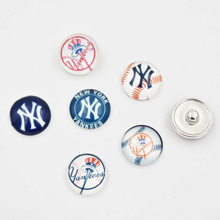 18MM NY Yankees Snap Button Baseball Team Glass Snap Button Charm For Snap Button Jewelr ...