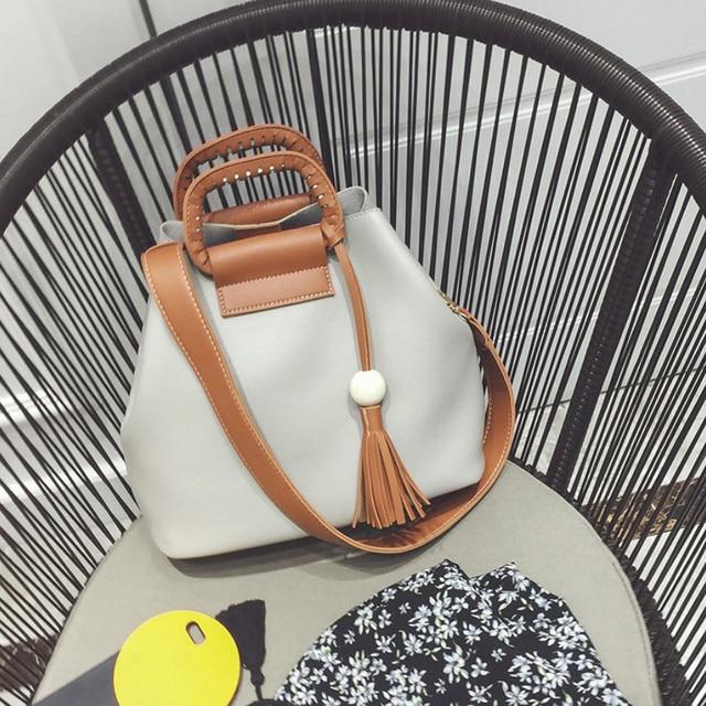 Роскошные сумки женщины сумки Мода Дамы Сумка Сумочка Кисточкой Сумка Ковша Хобо Crossbody Сумка Среднего размера