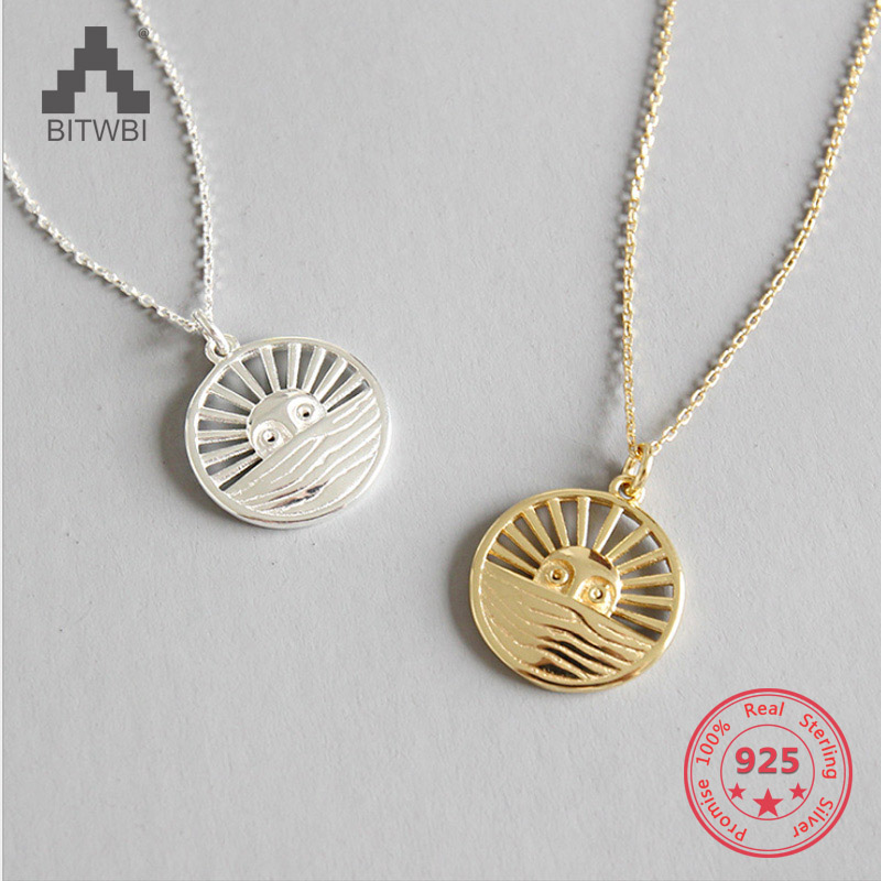 eef5a93298ac Vintage hueco de la plata esterlina 925 collar de sol rueda colgante de la  joyería para