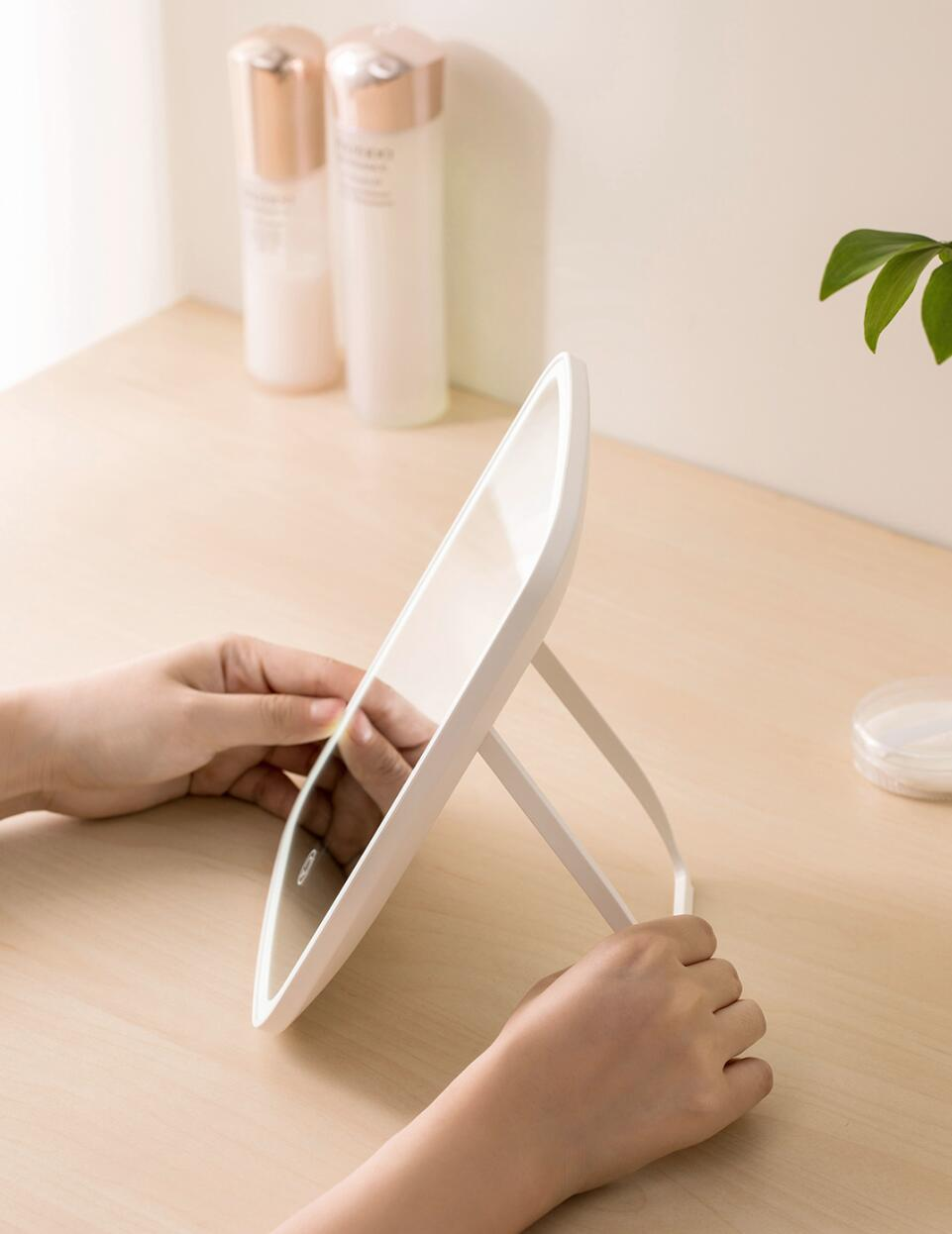 Xiaomi Mijia LED makeup mirror Touch-sensitive control LED natural light fill adjustable angle Brightness lights long battery li (7)