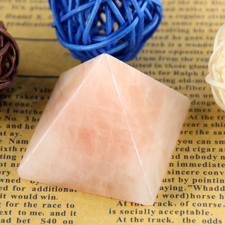 2015 hot pink crystal Rose quartz rock Engraved 40mm 1.5 inch Pyramid Carved Stone Chakra Stones Healing Reiki Free shipping