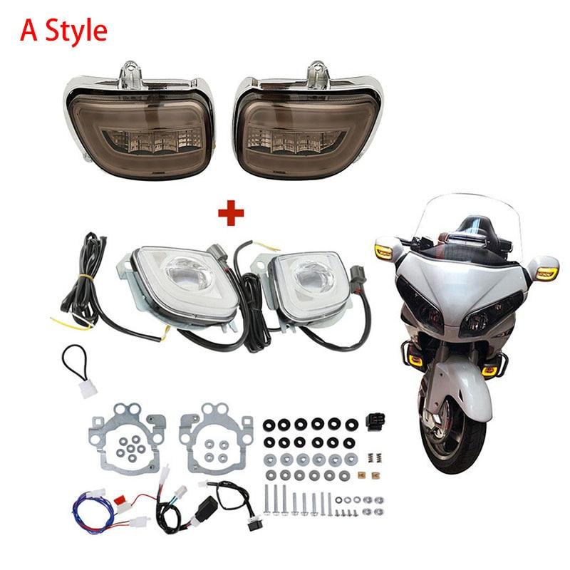 Front Turn Signals Light Lamp For Honda Goldwing GL1800 01-14 F6B 2013 2014 2015