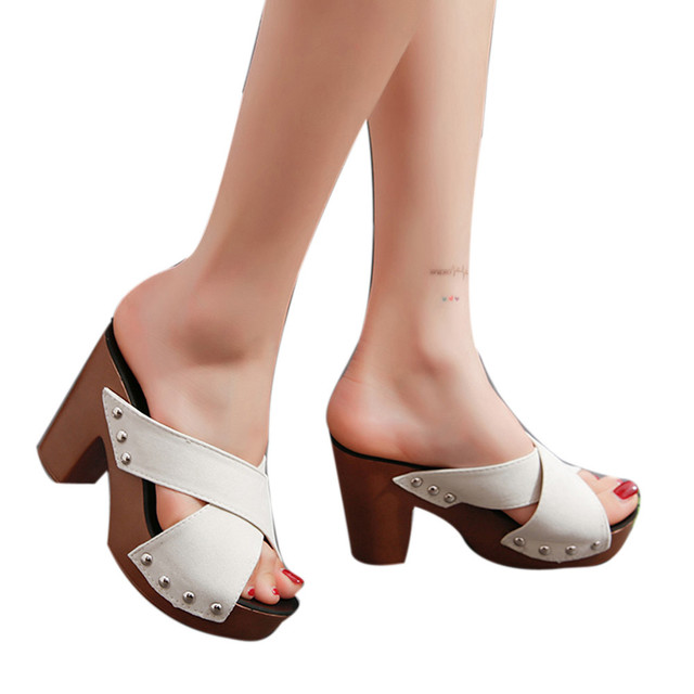 2018 Phụ Nữ Mới Giày Thời Trang Phụ Nữ Chữ Thập Strap Chunky Gót Sandal Dày Cao Gót Flip Flop Hở Ngón Sandal nền tảng