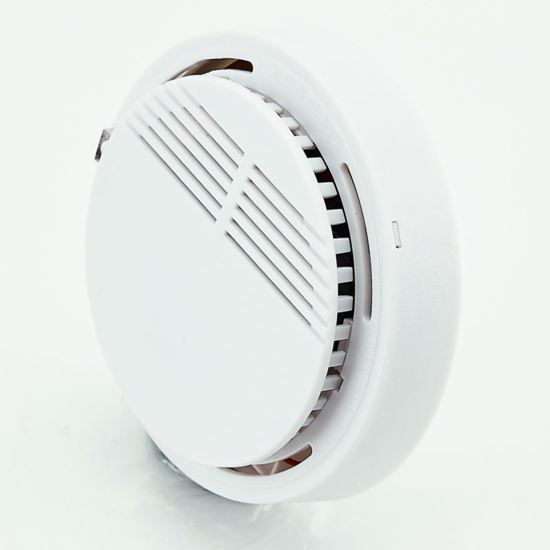 Wireless Smoke Detector with Photoelectric Sensor for Fire Protection at Office Factory and Home