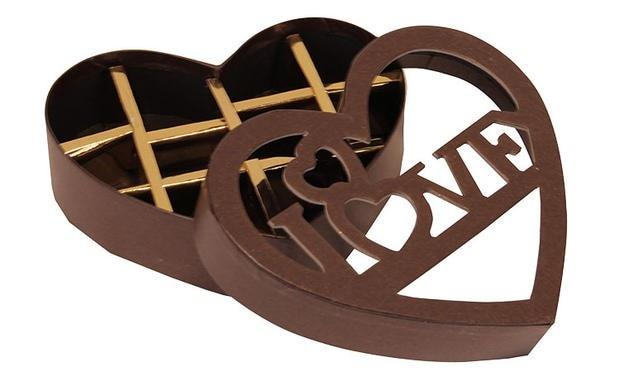 Heart Shaped Wholesale Chocolate Box Gift Box 10 Interlayer
