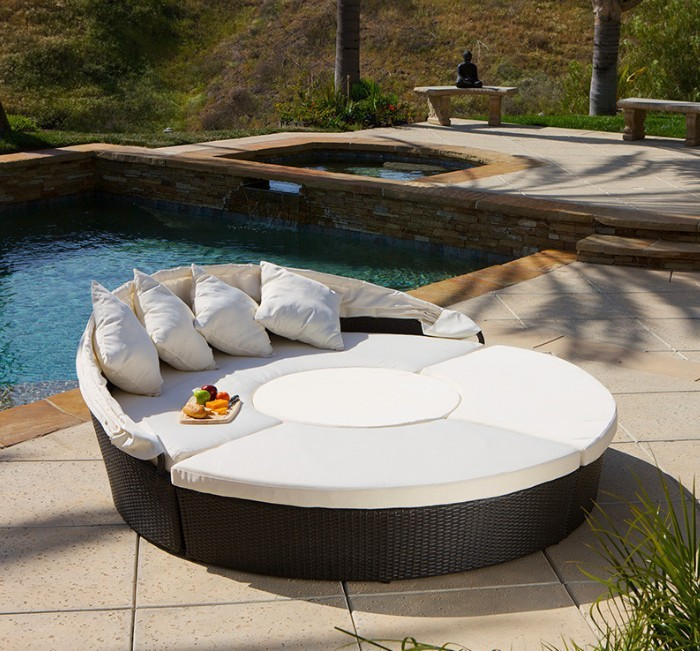 2017 New Arrival Bellagio 4 Piece Outdoor Sectional Daybed In