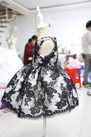 Beauty black lace appliques flower girl dress crew neck baby 1st birthday outfits ball gown little kids Christmas party dresses