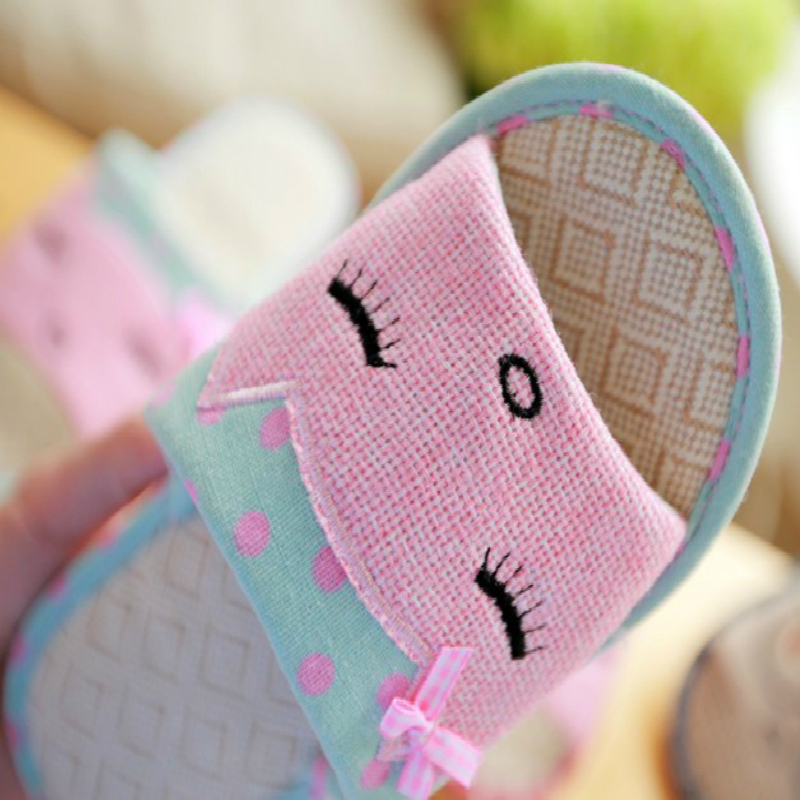2019 new Summer linen slippers ladies living home anti-skid cotton thick cute cartoon indoor summer floor cooler slippers 3