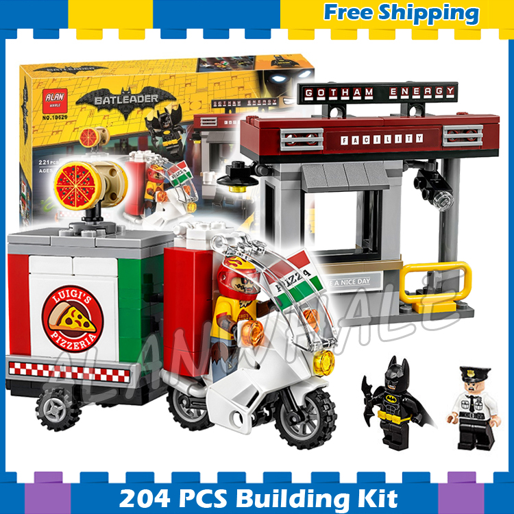 204pcs Super Heroes Batman Movie Scarecrow Special Delivery Logics Car 10629 Model Building Block Gifts Set Compatible with Lego