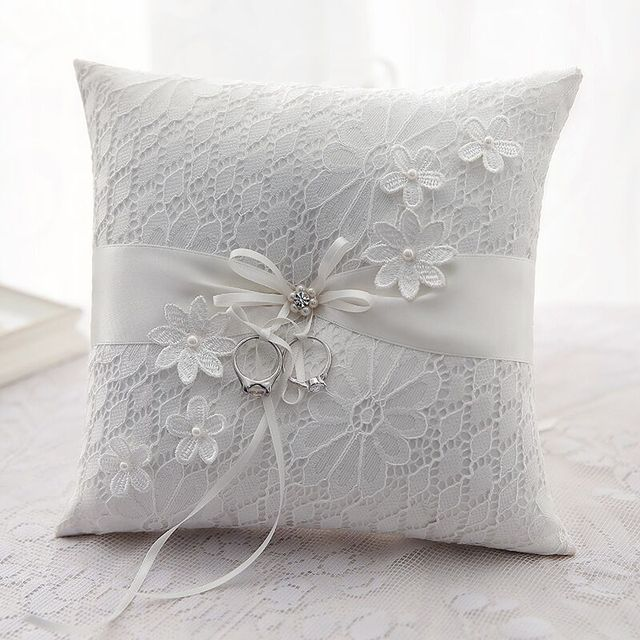 21x21cm Bowknot Flowers Wedding Ring Pillow Lace Embroidery Cushion Decorations 1 Pc