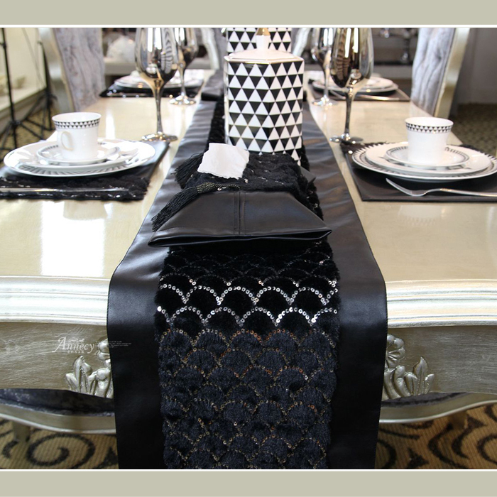 Black Swan Continental Fashion Neoclical Dining Table