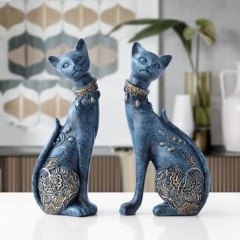 Estatuilla de resina decorativa de gato para decoraciones del hogar, regalo de boda creativo europeo, figura de animal, escultura de decoración para el hogar