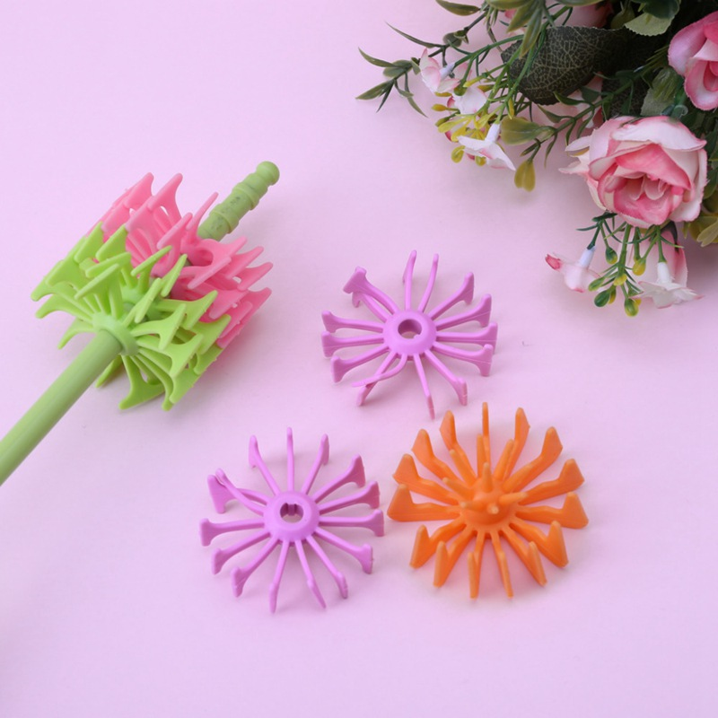 Silicone Baby Bottle Brushes for Cleaning Kids Milk Feed Bottle Nipple Pacifier Nozzle Spout Tube Cleaning Brush in Bottle Brushes from Mother Kids